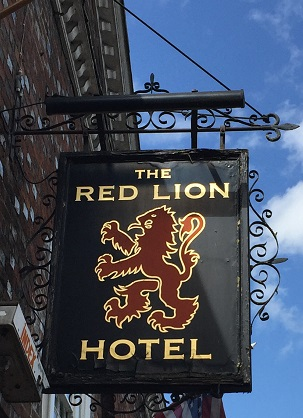 hot the red lion.jpg